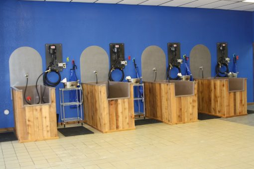 Grooming stations front view of four